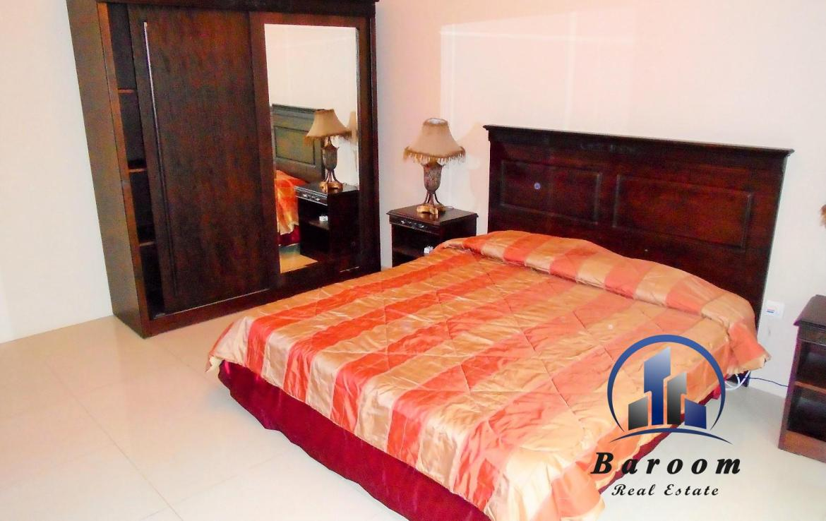 Charming Two Bedroom Apartment 4