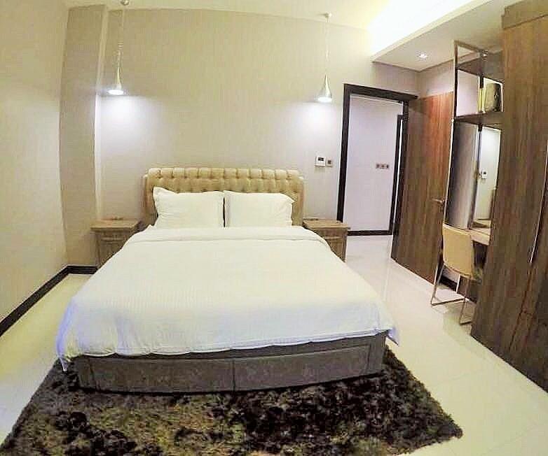 Luxury 3 Bedroom Apartment 8