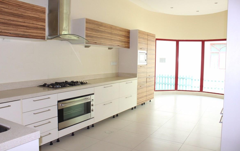 Single storey villa 12