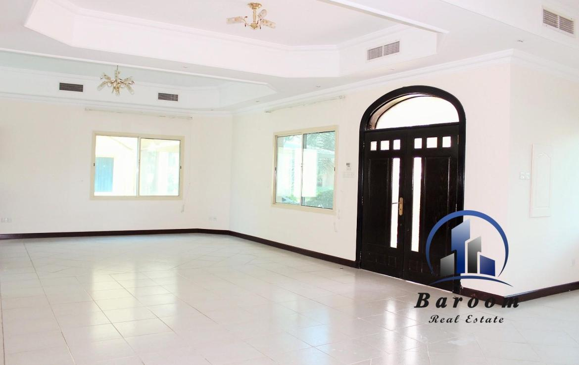 Three Bedroom Villa Semi Furnished 1