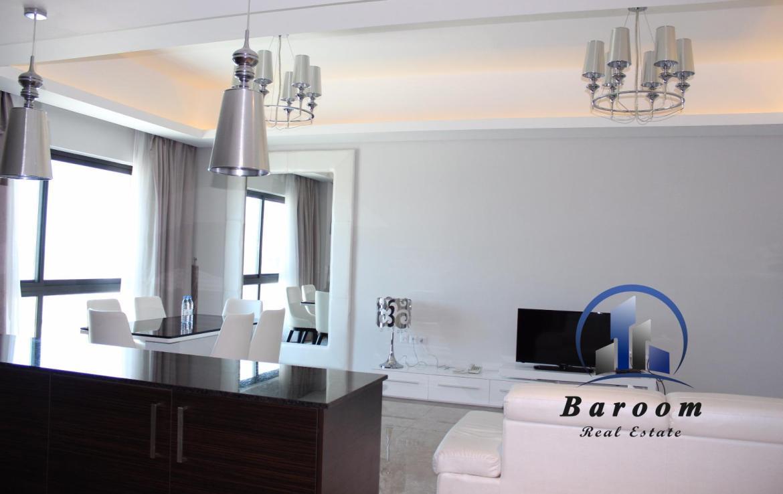 Luminous Two Bedroom Apartment5