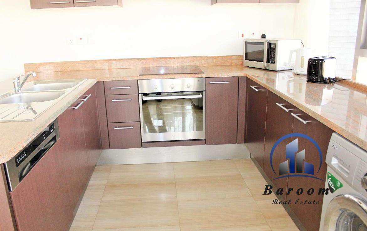Three Bedroom Delux4e Apartment