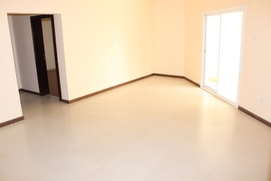 Bright Two Bedroom Apartment3