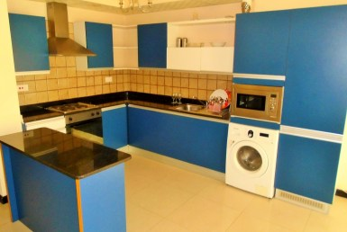 Two Bedroom Vibrant Apartment2