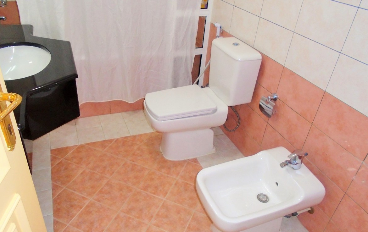 Delightful Two Bedroom Affordable Apartment