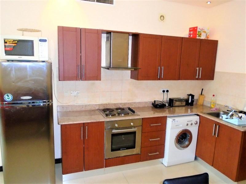 Vivid Two Bedroom Modern Apartment2