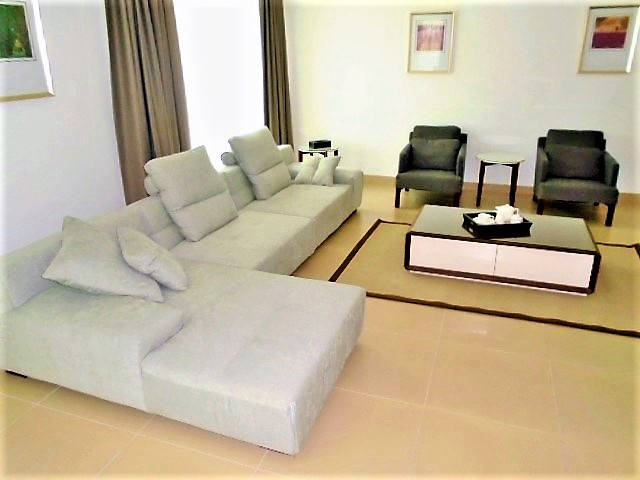 Charming Two Bedroom Bright Apartment