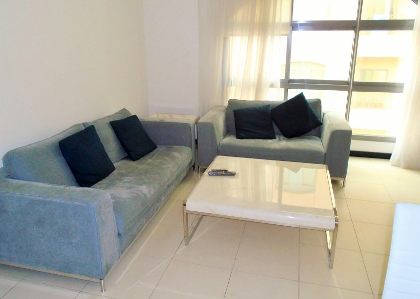 Beautiful Two Bedroom Apartment1