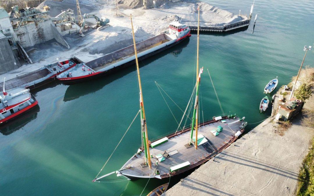 La barque La Savoie a enfin retrouvé ses antennes !