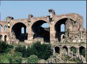 38.- Basílica de Majencio o Constantino