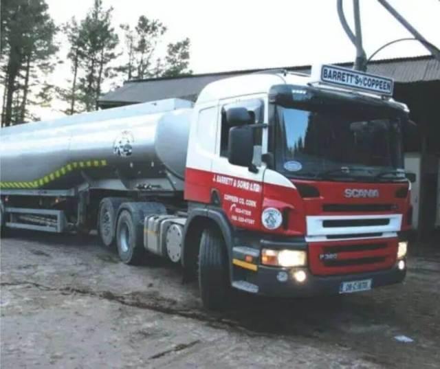 Barrett liquid feed truck