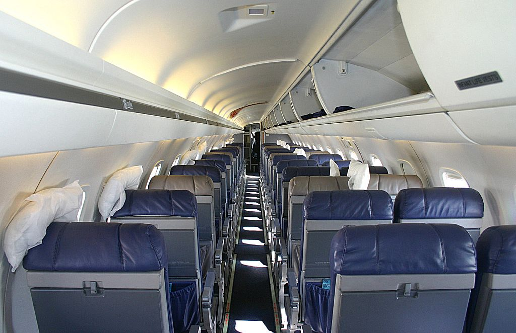 Embraer ERJ145 picture 08  Barrie Aircraft Museum