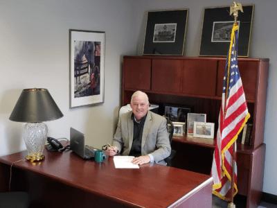 Mclaughlin-2018-Levy-Signature-400x300