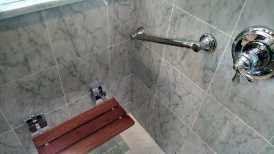 Shower bath that's functional