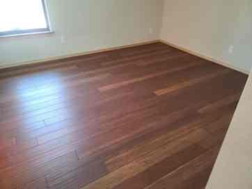 Wood flooring random pattern