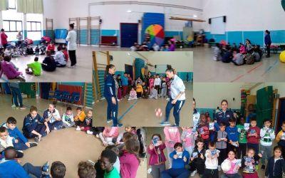 Jugadoras del Sala Zaragoza visitan el Fernando el Católico