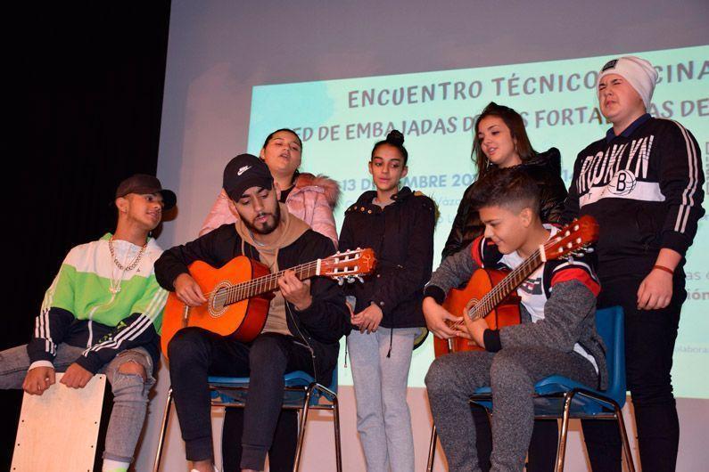 Actuación IES María Moliner en el Encuentro de la Red de Fortalezas