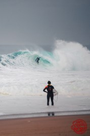 Photographe : Olivier Marci - Surfeur au bord : Arnaud Binard