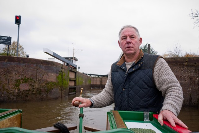 Exiting a lock on the River Severn