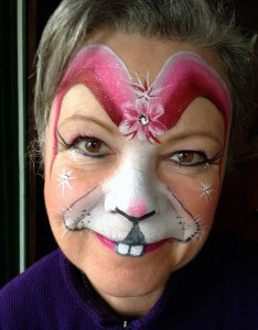 Facepainting easter bunny