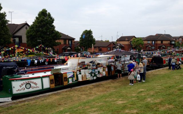 The Home Brew Boat at Eldonian Village Canal Festival 2016