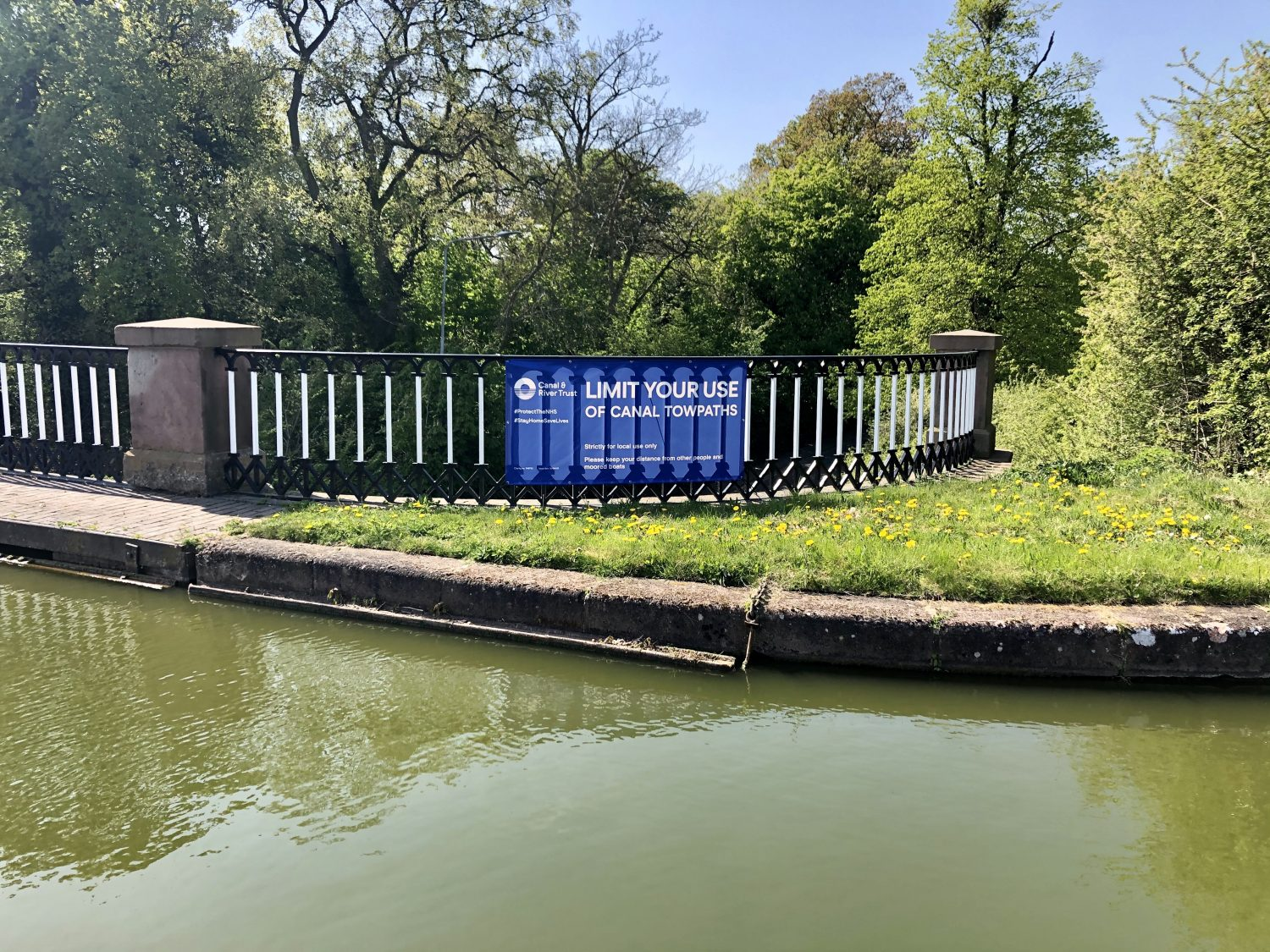 CRT notice on restricting towpath use April 2020