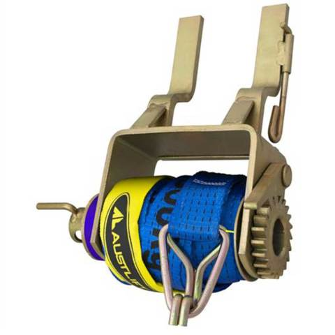 BELW Truck Winch Clip On Ratchet Type 3000kg with strap