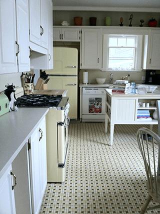 Bill and Lisas Retro Kitchen Big Chill Appliances