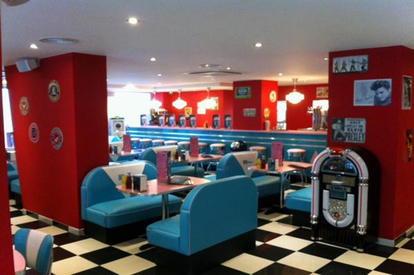 HD Diner Levallois 50s retro decor by Bars  Booths