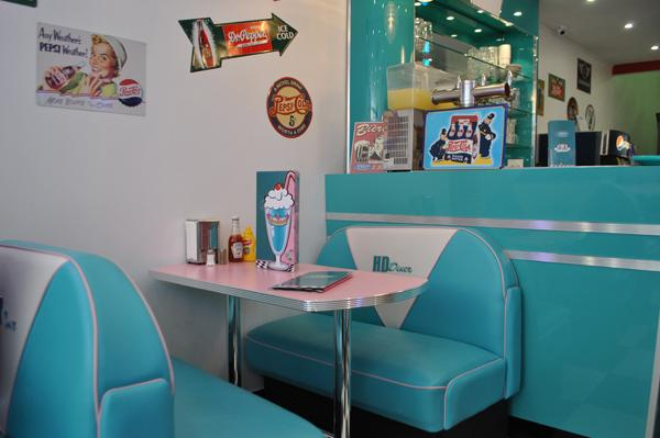 cafe themed kitchen decor supplies hd diner - lille, france: 50s retro from bars and booths