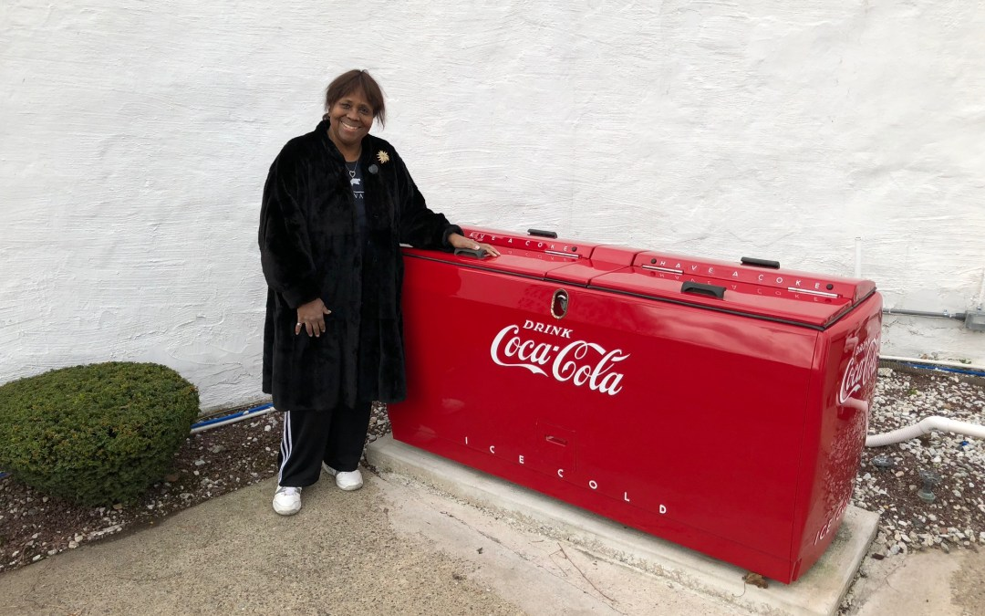 Yvonne's WD-20 Coca Cola Chest