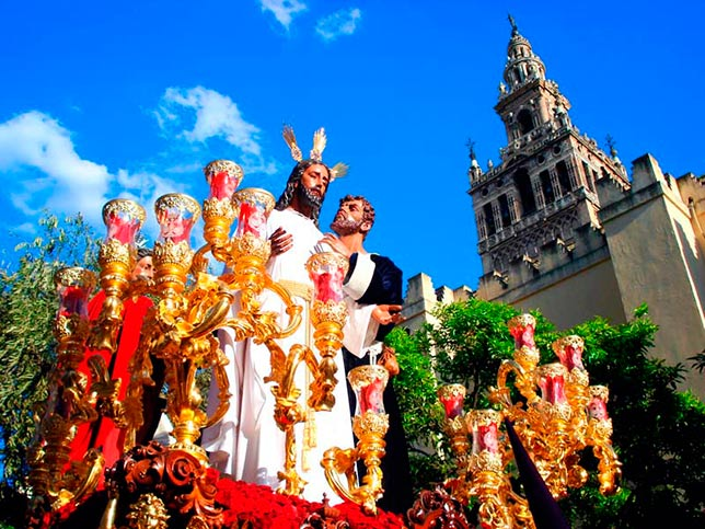easter guide in seville 2016