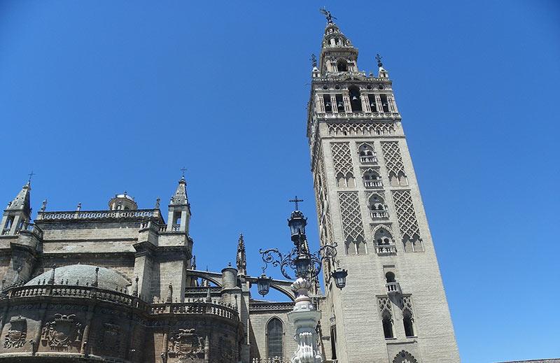 tapas por la catedral