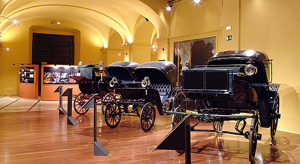 museum carriages seville