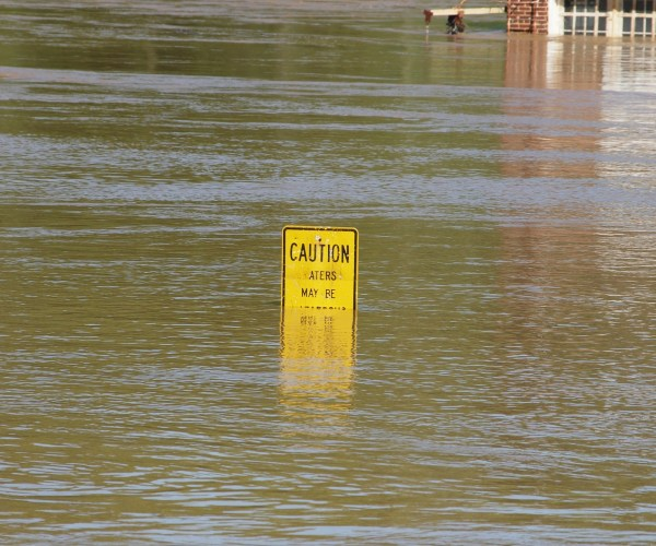 Does my Restaurant Need Flood Insurance? 7 Facts You Should Know.