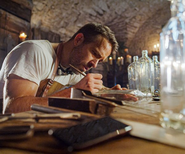The Marketing Genius of Ryan Reynolds' Aviation Gin
