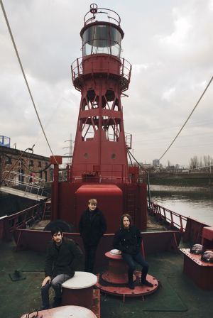 _BAR6816-DieDieDie-Lightship95-by_Bartolomy.jpg