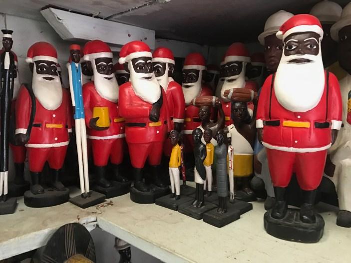 kolekcja czarnych Mikołajów