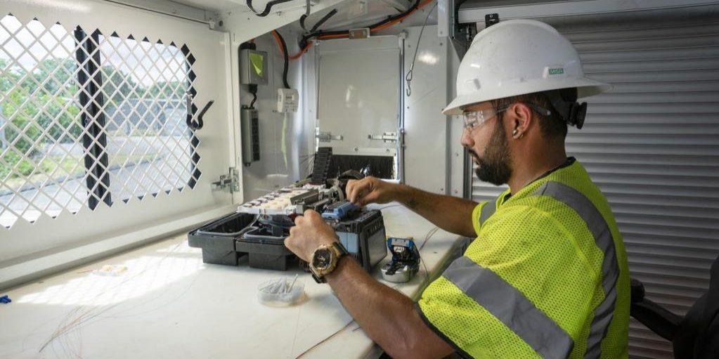 BroadBand Access Services Fiber Optics