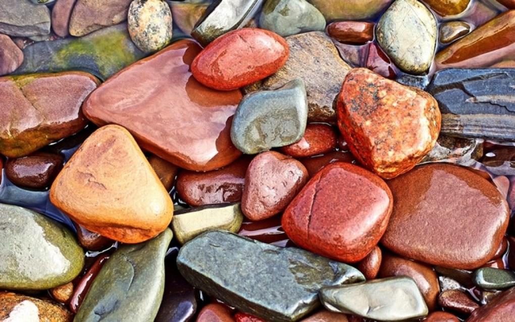 Colored-wet-Stones