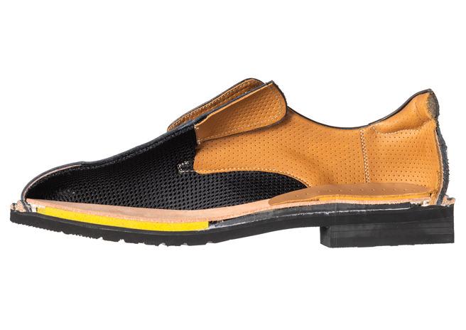 靴の断面図