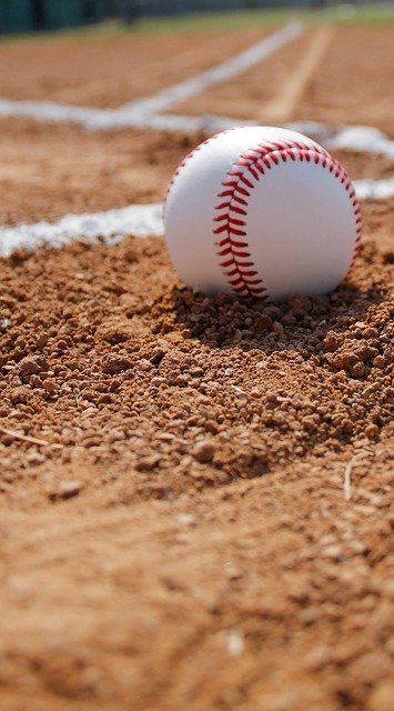 simple tips to help you understand baseball 1 - Simple Tips To Help You Understand Baseball