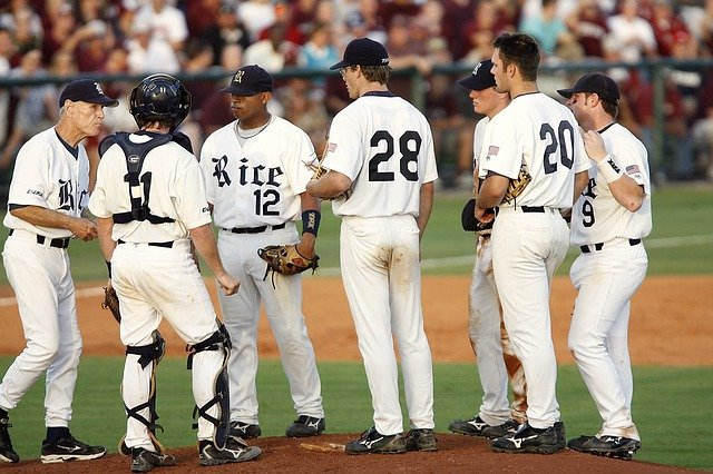 baseball isnt too hard to get into with great information - Baseball Isn't Too Hard To Get Into With Great Information!