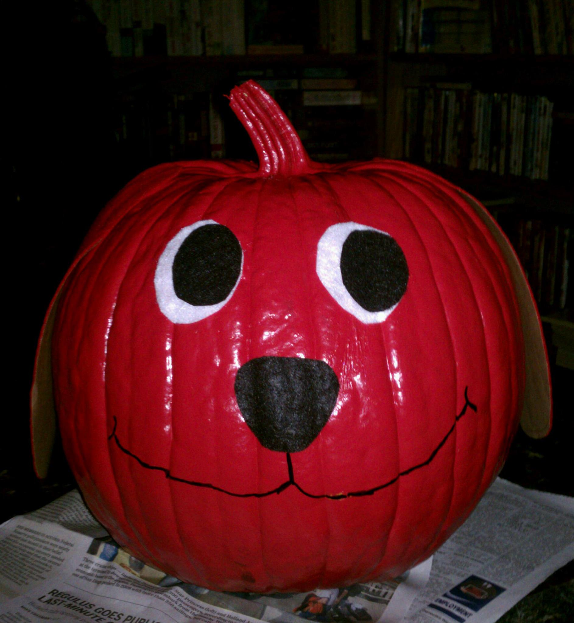 Clifford The Big Red Dog Pumpkin