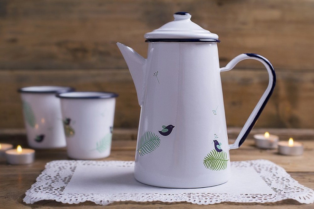 SPRING – ENAMEL COFFEE POT