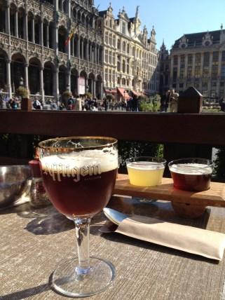 Beer tasting on the Grote Markt