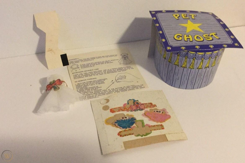 1975-funstuf-pet-ghost-toy-box_1_b41d4eea58fc0c0c53442931cd177b55