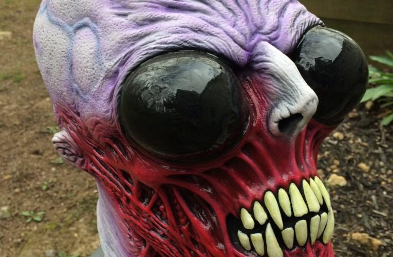 MONSTROUS MASK REVIEWS: Alien Dead 2.1 by Death Studios
