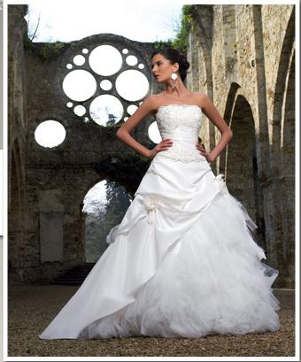 Günstige Brautkleider Online Kaufen Brautmoden Und Abendmoden