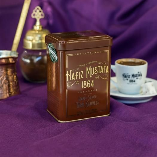 قهوة تركية بالمستكة 170 غرام حافظ مصطفى المميزة، تكون معك في كل لحظة برائحتها الطبيعية وطعمها الغني الفريد من نوعه